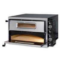 Matériel professionnel pour la pizzéria avec des fours et pétrins ainsi que des équipements pour le stockage en froid des marchandises